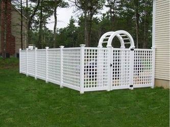 Ipswich Vinyl Fence