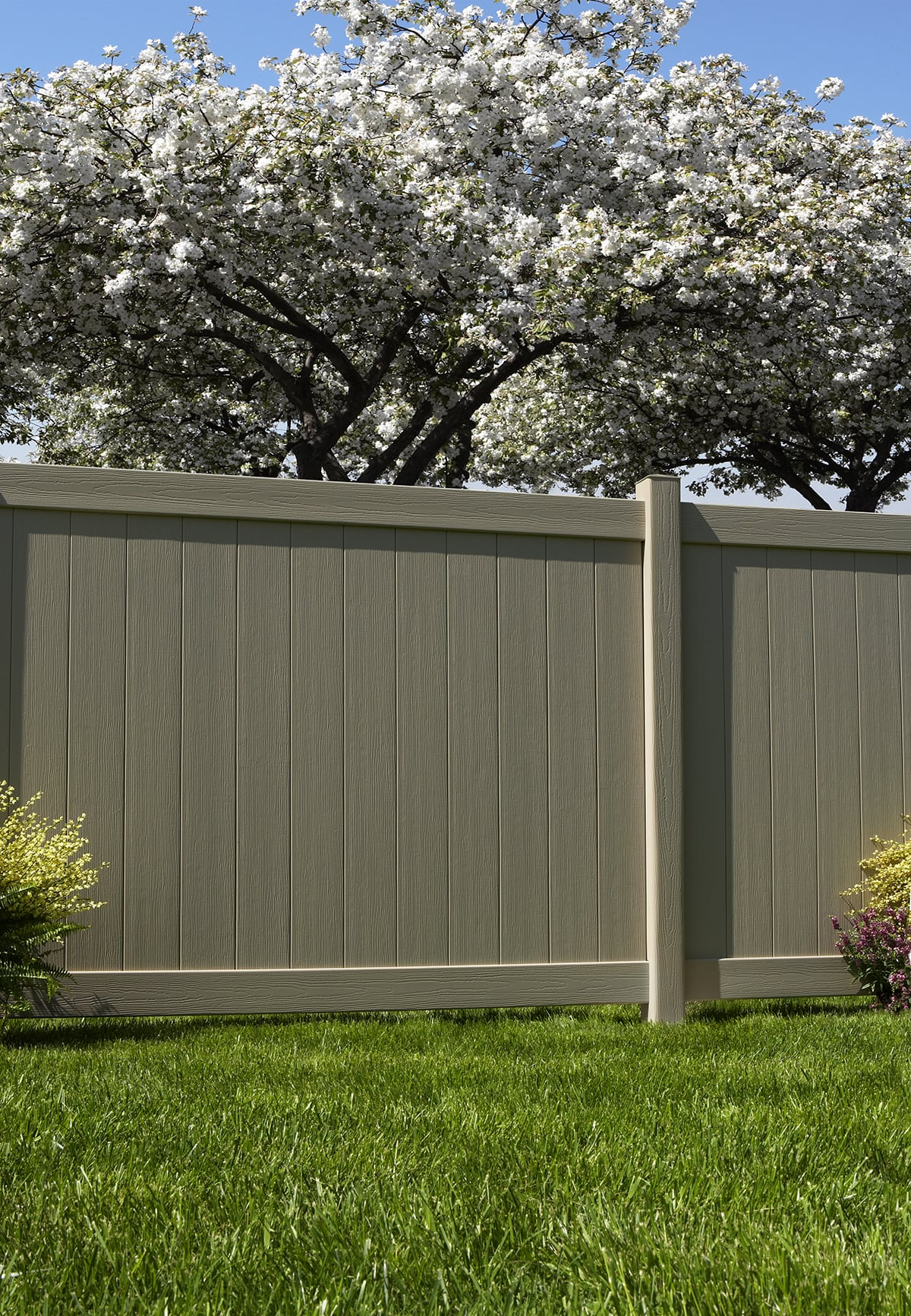 Bufftech Chesterfield Vinyl Fence with Certagrain Texture - AVO ...