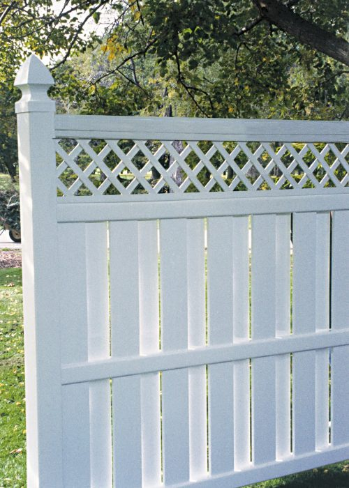 Bufftech Columbia Vinyl Fence with Lattice Top